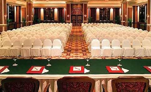 The Taj Lands End Mumbai Beautiful Hotel Of Taj Group